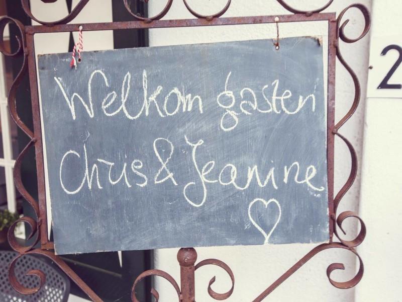 Welkoms bord. Foto Bobby Regensburg