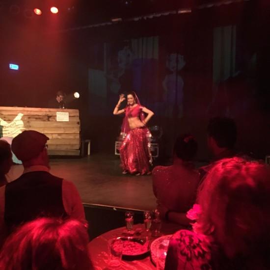 Buikdanseres in de Gigant Apeldoorn