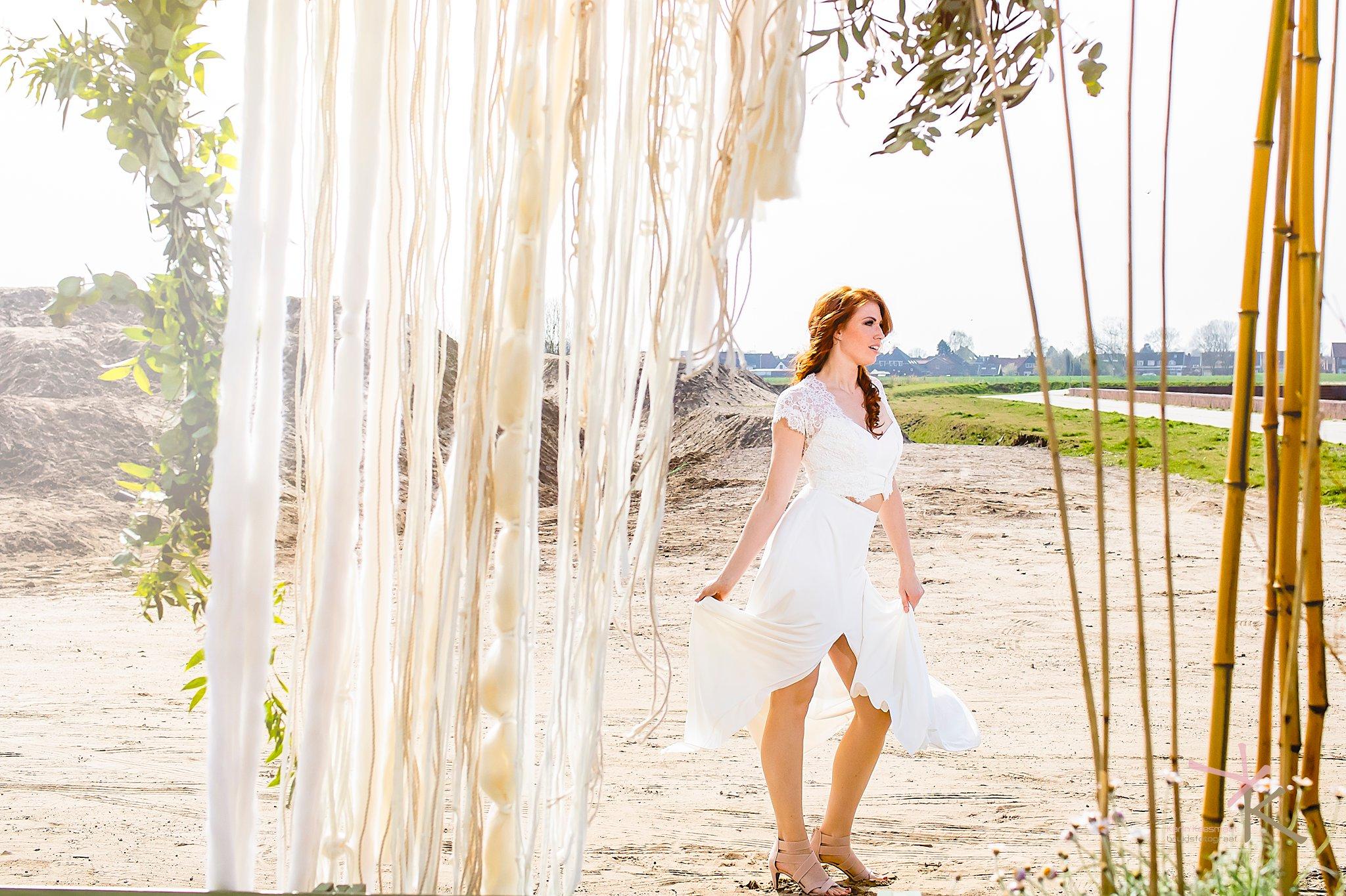 Bruid gefotografeerd door macrame foto gemaakt door Karian Keesmaat van Kijk-Kunstfotografie