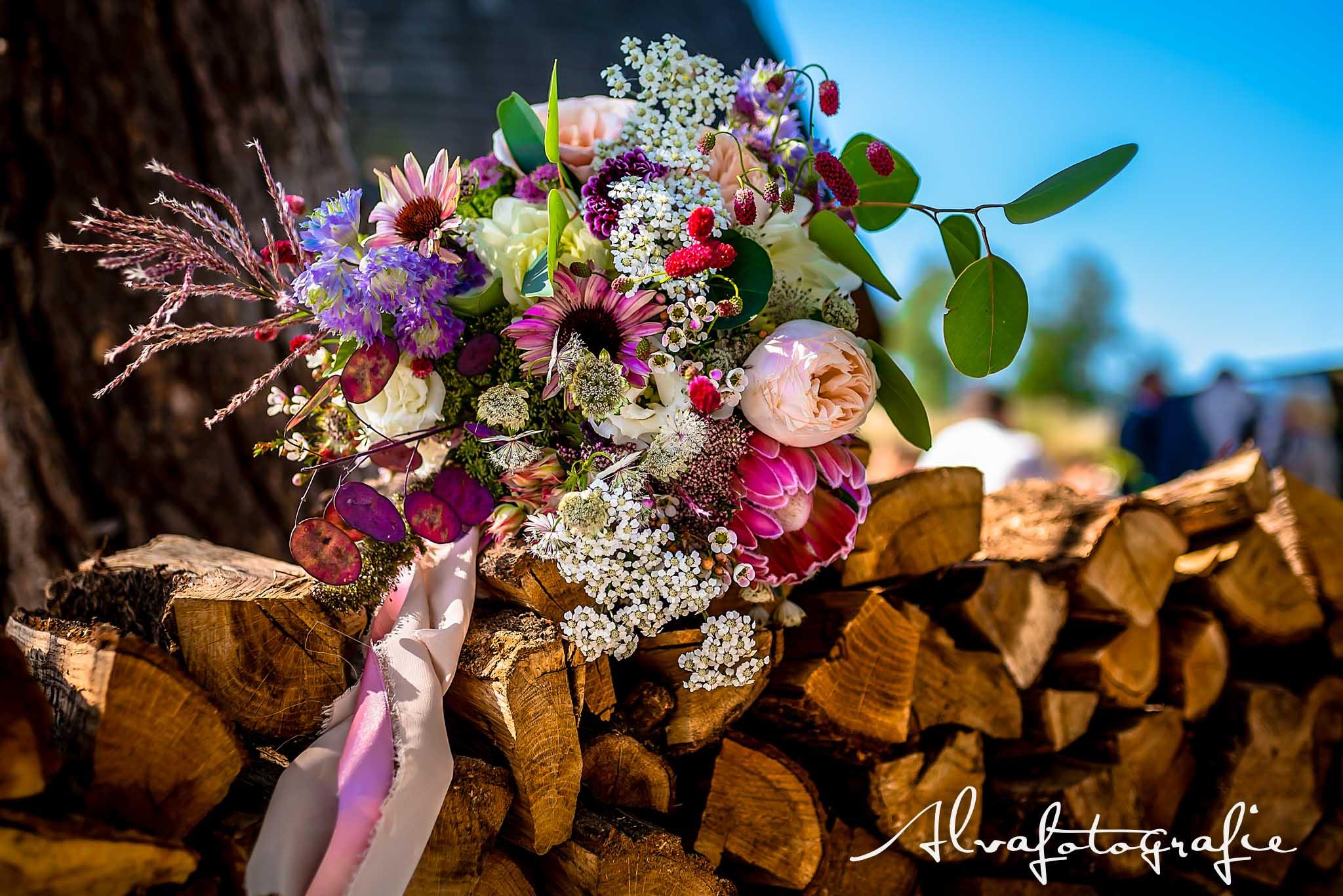 Bruiloft Maren en Tim Alvafotografie bruidsboeket