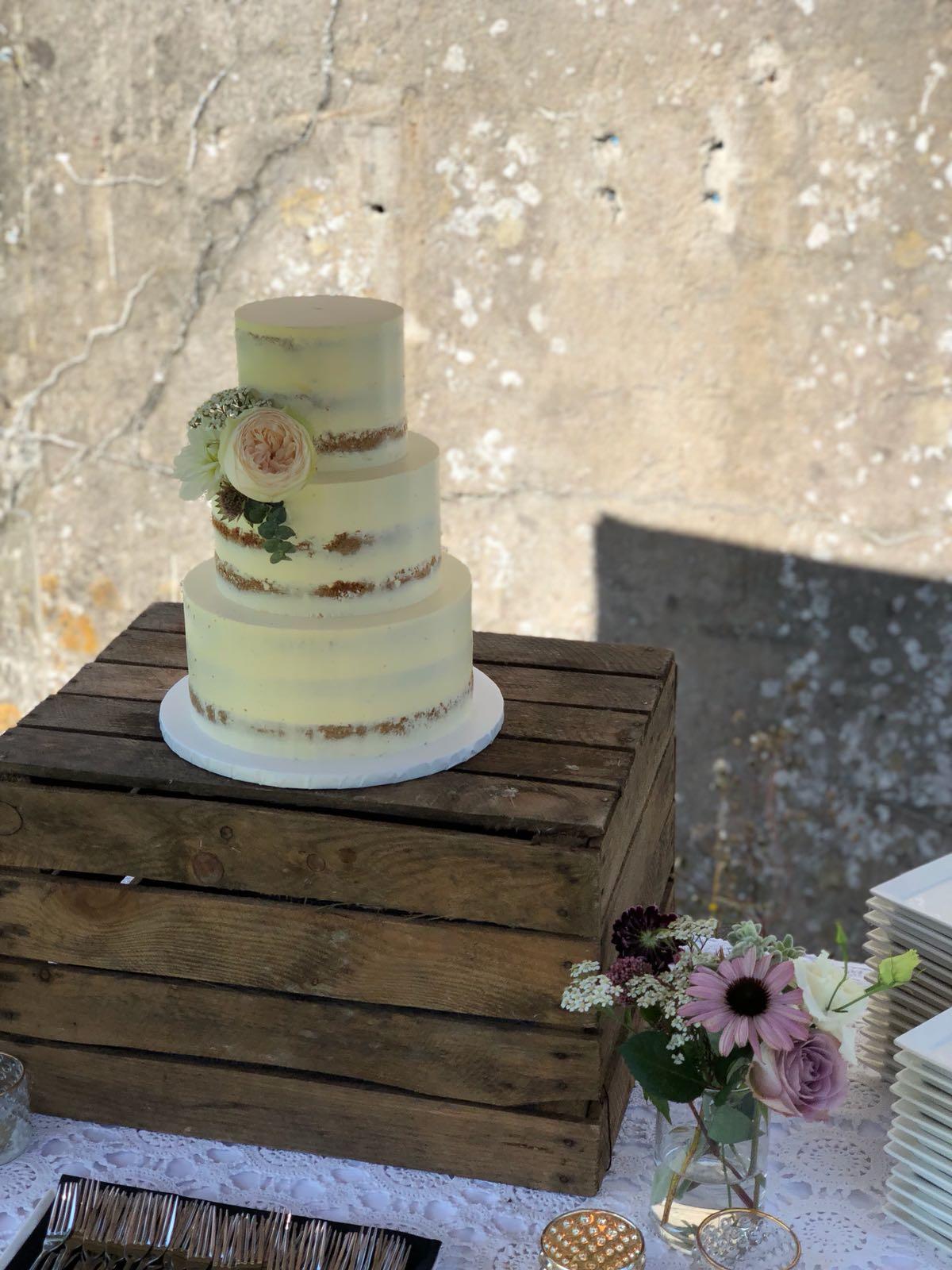 Bruiloft Maren en Tim naked cake bruidstaart Sugar Lips