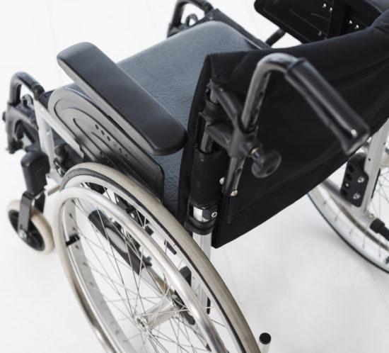 Bovenaanzicht rolstoel bruiloft
