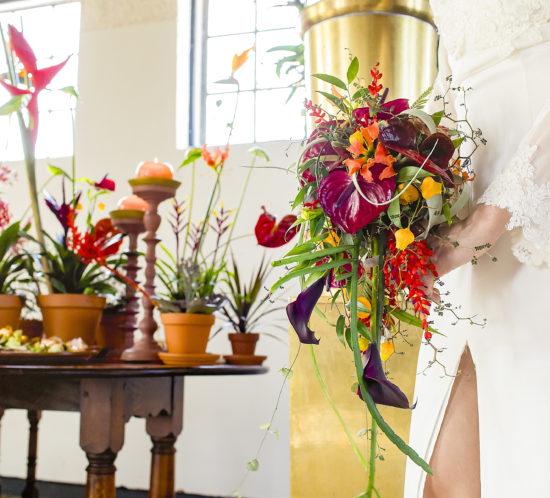 Bruidsboeket kleurrijk Foto: Karin Keesmaat Styling: Meesterlijk Geschikt en Stralend Middelpunt