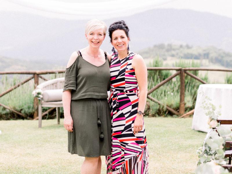 Weddingplanner Marian Krook-Lievestro van Stralend Middelpunt met Mariëlle Cruz Vargas van MCV weddings.Foto: Jessica Photography
