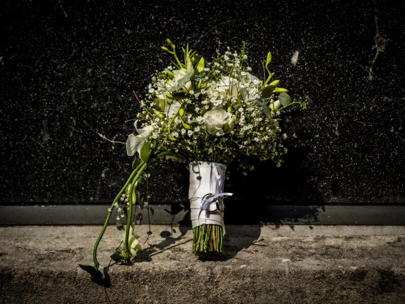 Bruidsboeket wit. Fotograaf Karin Keesmaat van Kijk-Kunst fotografie
