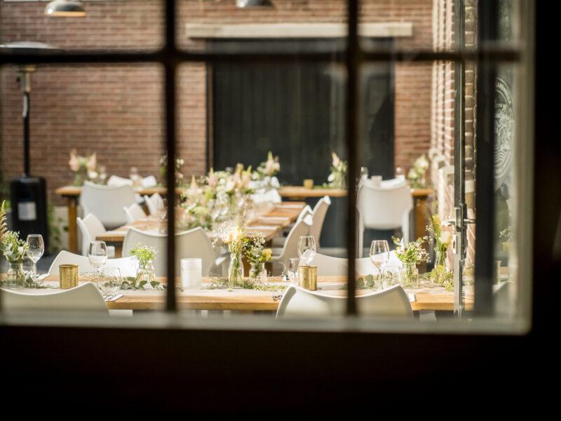 Uitzicht op binnentuin Landgoed Klarenbeek. Fotograaf Karin Keesmaat van Kijk-Kunst fotografie
